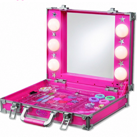 bossy_kids_makeup_kit.png