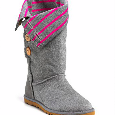 bossy_ugg_boot.png