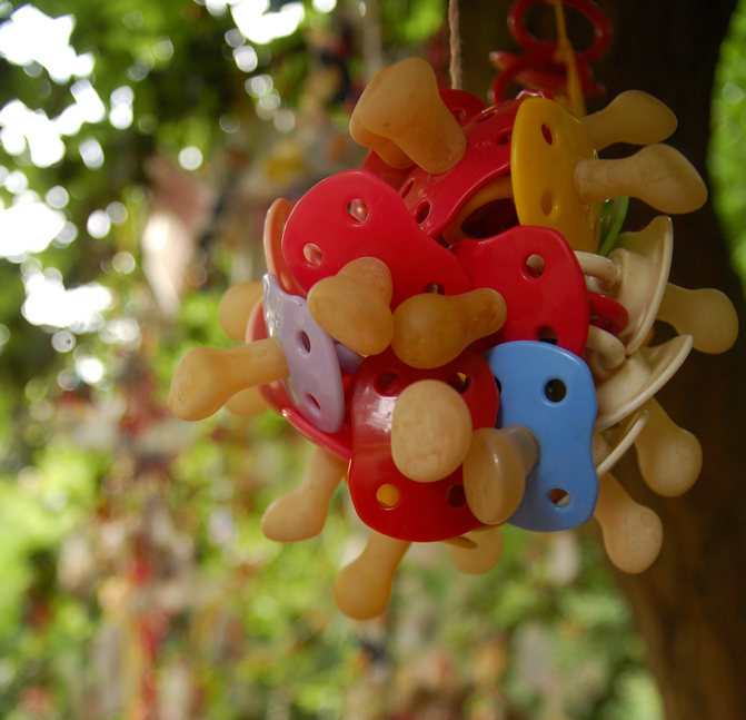 pacifier_tree.png