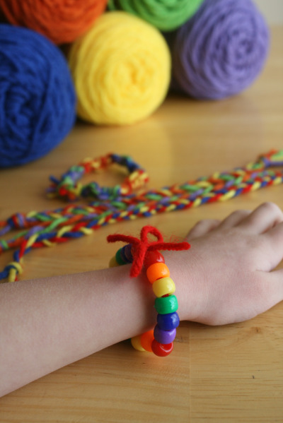 St. Patrick's Day Craft:  Rainbow Friendship Bracelets