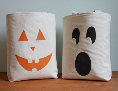 DIY Halloween Tote Made with Cereal Box Stencils (boo bags) by Ellen Luckett Baker for Alphamom.com