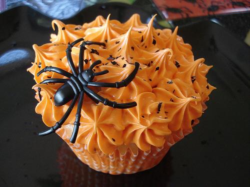 halloween_cupcakes_spider2.jpg