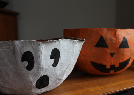 pumpkin-and-ghost-bowls.jpg