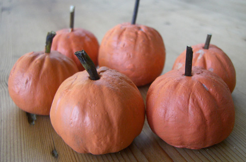 Make Your Own Pumpkin Patch for Halloween by Ellen Baker for Alphamom.com