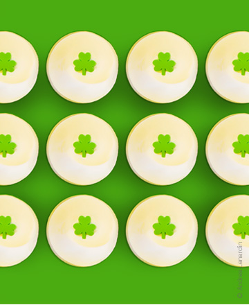 st_patricks_day_cupckaes_bysprinkles.jpg