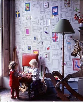 graham_brown_frame_wallpaper.jpg