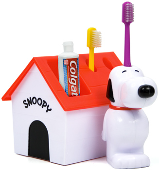 snoopy toothbrush set