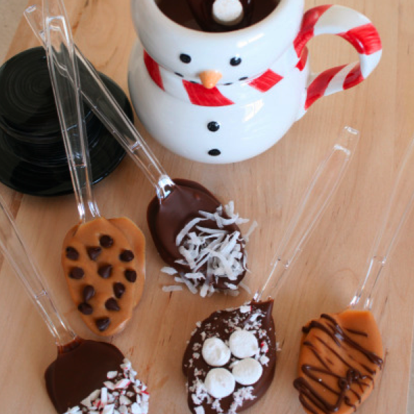 holiday_hot_chocolate_spoons.png