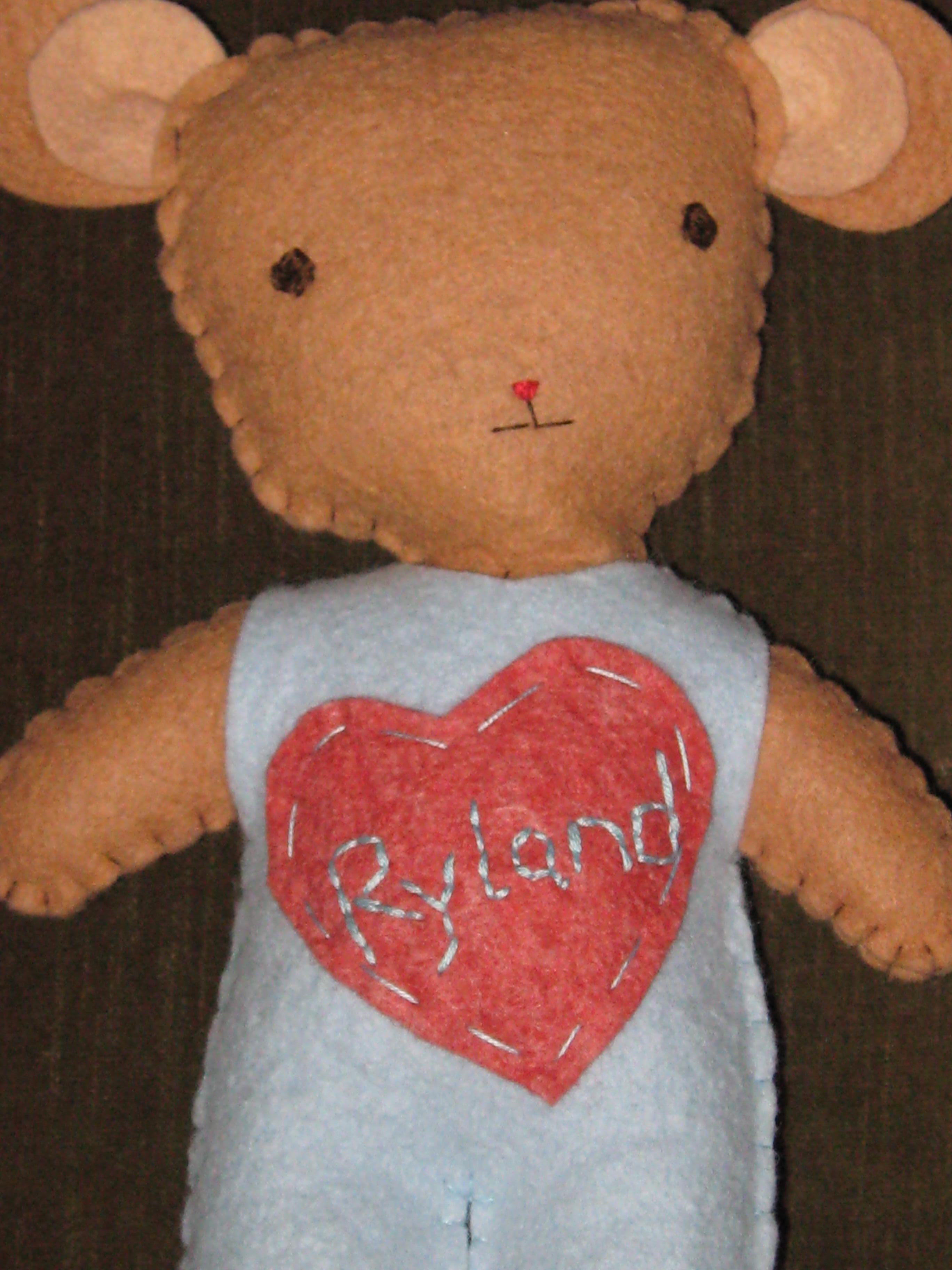 kata%20golda%20personalized%20bear.jpg