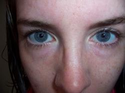 Smackdown Updates III: Fishnets, Eye Makeup & Expired Shampoo