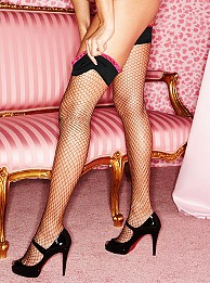 How to Wear Fishnet Stockings