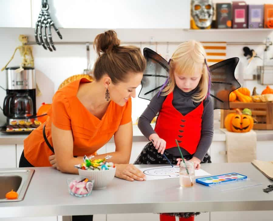 Easy Halloween Crafts for Kids of All Ages (Even Adults)