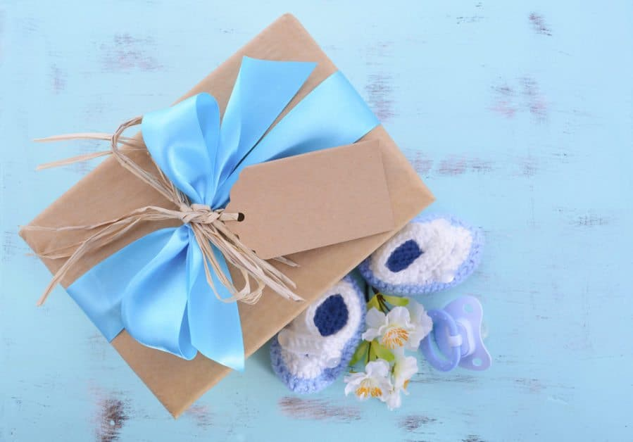 Simple DIY Baby Shower Gifts