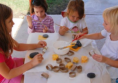 happy little crafters