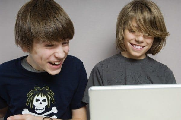 NS Teens: Making Safer Online Choices