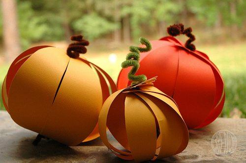 How to Make Easy Paper Pumpkins by Brenda Ponnay for Alphamom.com