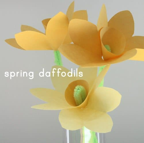 Spring Craft: Make Paper Daffodils
