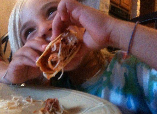 ¡Yo Quiero Spaghetti Tacos!