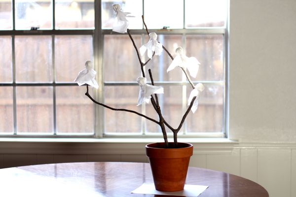Craft a Halloween Ghost Tree