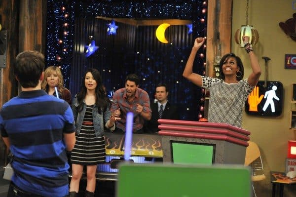"Must List: Watch ""iMeet The First Lady"" episode of iCarly Tonight"