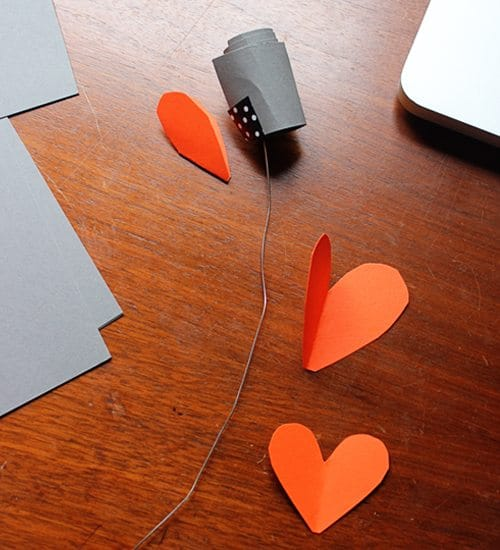 making paper hearts with wire