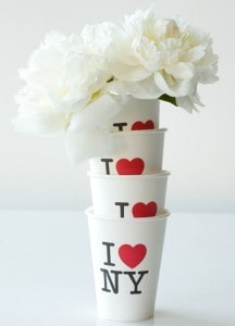 new-york-coffee-cups-flowers