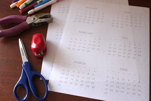 Supplies to make mini flip calendar for kids