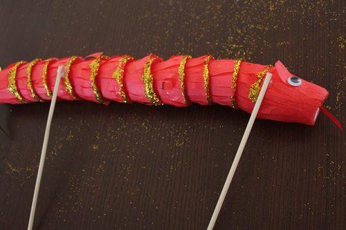 chopsticks on paper cup snake craft