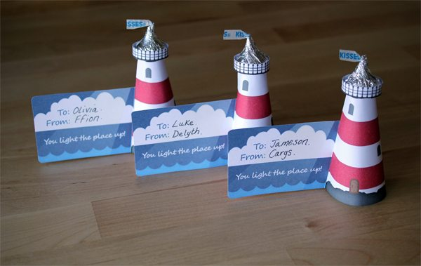 Class Valentines for Kids: Hershey's Kiss Lighthouse