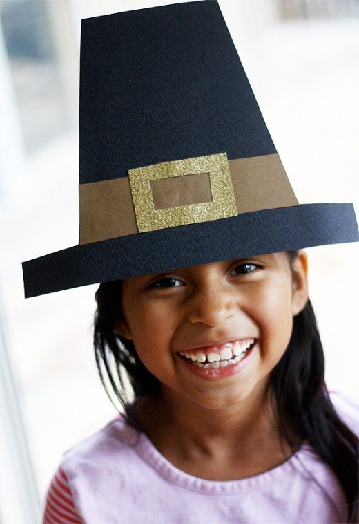 Pilgrim Hat by Skip To My Lou for @Alphamom #thanksgiving #craft