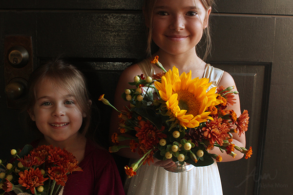 Autumnal Flower Arrangement for Thanksgiving