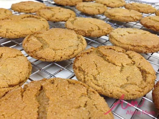 Old-Fashioned Molasses Cookies Recipe