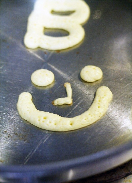 Easy Pancake Art by Cindy Hopper for Alphamom.com