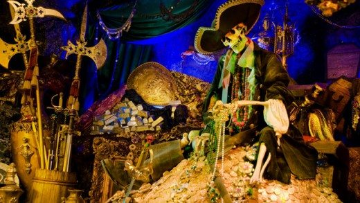 Things to Do & See with Kids at Disneyland (Pirates of the Caribbean plus more!)