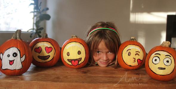 Painted Emoji Pumpkins for Halloween!