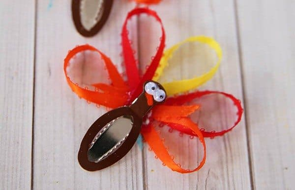 Thanksgiving Craft: Turkey Hair Clip