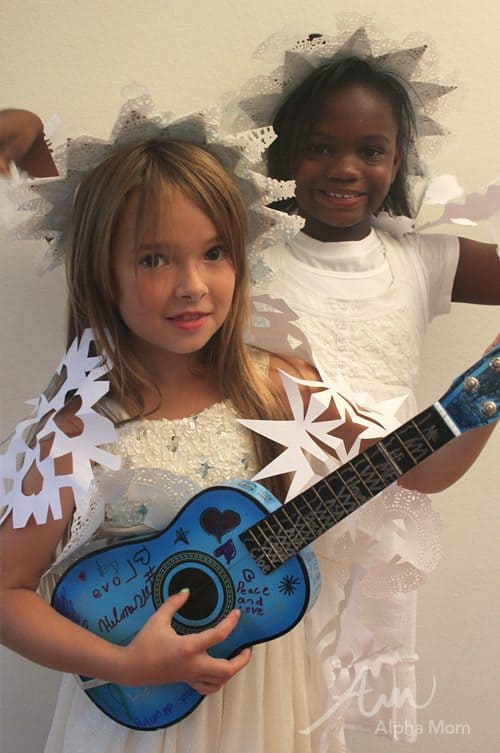 Snowflake Crowns by Brenda Ponnay for Alphamom.com