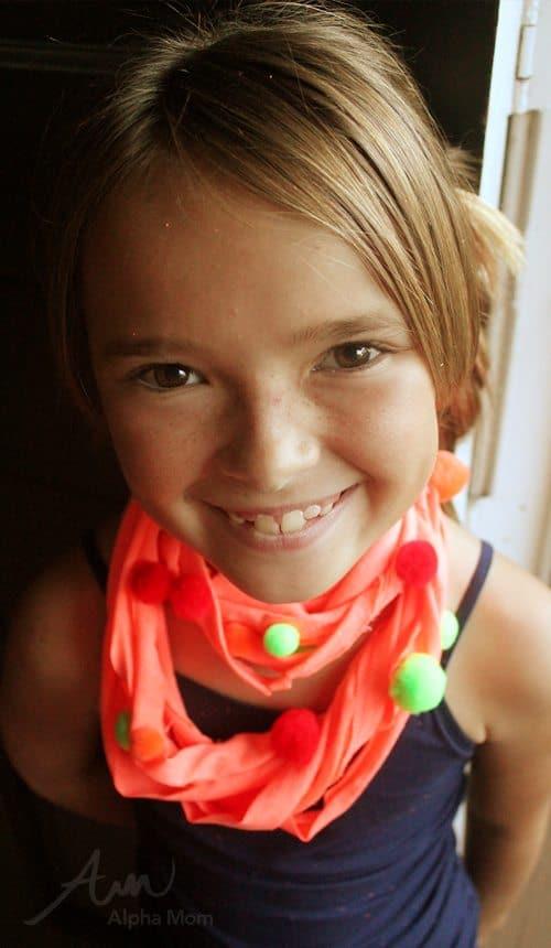 Girl wearing t-shirt scarf craft