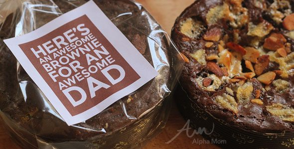 Father's Day Brownies for Awesome Dads by Brenda Ponnay for Alphamom.com (with printable)