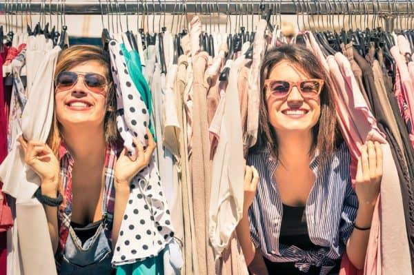 Mom & Teen Daughter Bonding… Over Thrifting?  Yes!