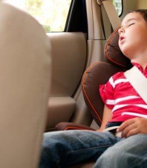 Keeping Your Kids Awake In the Car