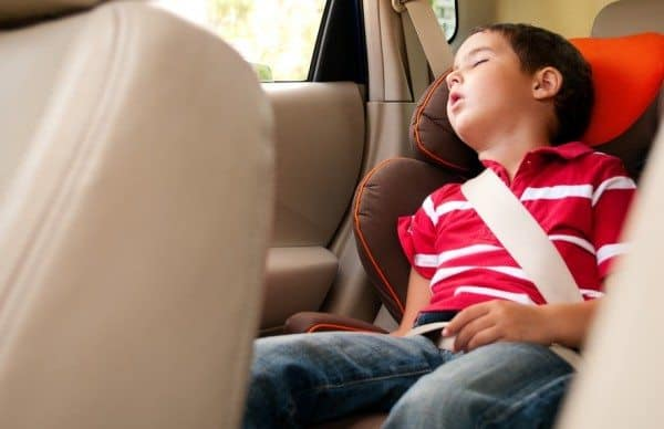 Keeping Your Kids Awake In the Car