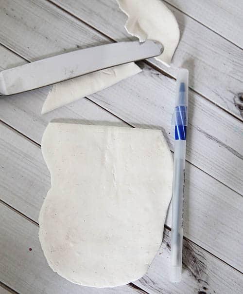 Fancy Pen Craft made with Model Magic (step 3) by Cindy Hopper for Alphamom.com