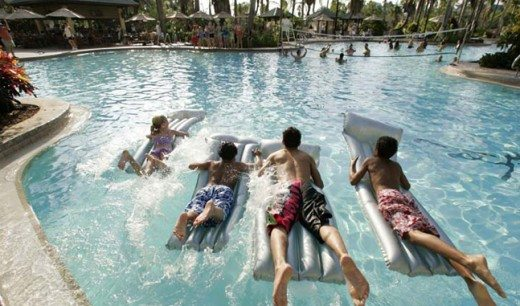 Universal Orlando Resort: Hotels, Tickets & On-Site Transportation. Help to decipher the different options at Universal Orlando so you can make the best choices for your family. #pool #RoyalPacific
