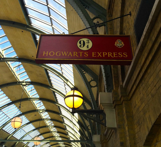 What to Expect at The Wizarding World of Harry Potter: KINGS CROSS STATION