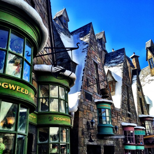 What to Expect at The Wizarding World of Harry Potter: Hogsmeade