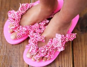 d2e069aba Summer Craft  Fabric Decorated Flip Flops