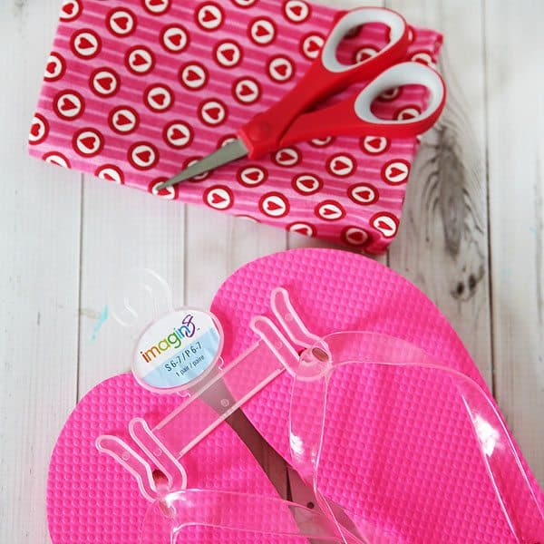 Fabric Decorated Flip Flops by Cindy Hopper for Alphamom.com (flip flop DIY supplies)