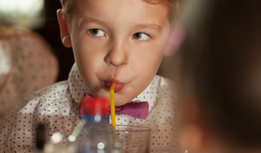 Raising a Kid With Restaurant Manners (and Managing Behavior Expectations)