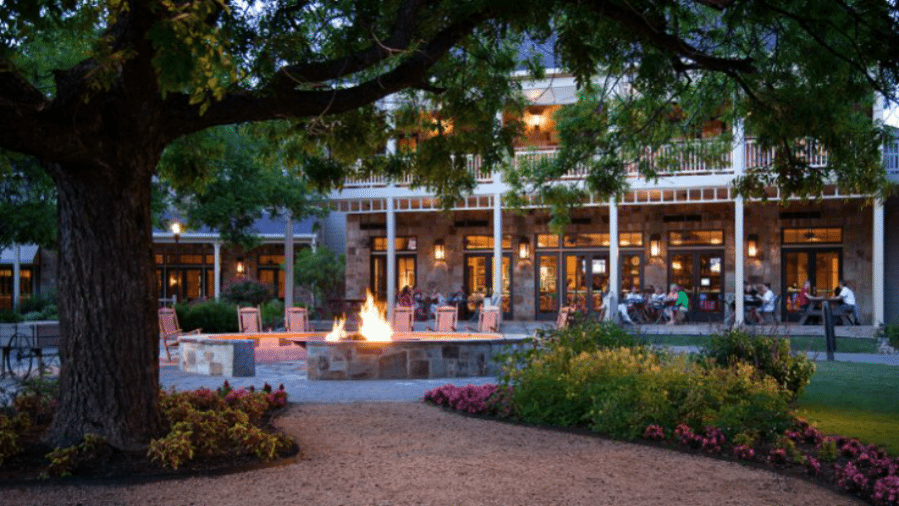 Hyatt Lost Pines Resort in Texas: Traveling with teenagers isn't always easy but this resort offers non-stop activities for all ages. We were able to do some of them on our own, and some together. The perfect balance. #Texas #Family #resort
